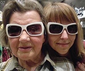 Schaukeln stabilisiert ältere Menschen | Schaukelsofa | Haengeschaukel